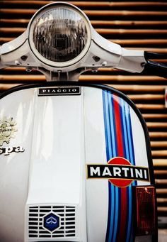 These are my kind of wheels -> Vespa & Martini.