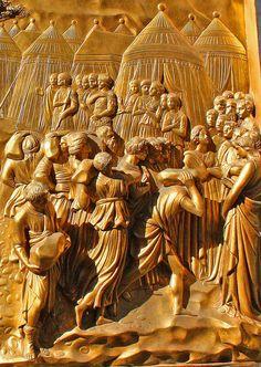 The Story of Joshua detail - Porta del Paradiso by Lorenzo Ghiberti - Firenze Battistero di San Giovanni #TuscanyAgriturismoGiratola