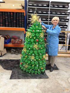 Arbol reciclado navidad