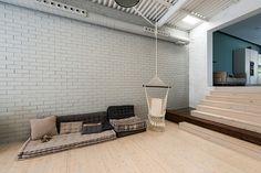 Zona de Chill Out | Proyecto de reforma Loft Barcelona | Standal #reformaintegral #reformas #Standal #loft #chillout #interiorismo #decoración
