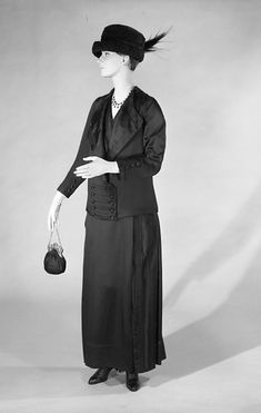 Walking suit Design House: House of Lucile  Designer: Lucile  Date: ca. 1915 Culture: British Medium: silk Accession Number: 2009.300.7540a–c