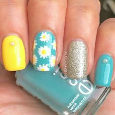 60 Spring Floral Nail Art Designs and Ideas Colors