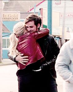 "Emma Swan and Killian Jones - 5 * 23 ""An Untold Stories"" #CaptainSwan"