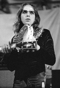 Peter Gabriel, Reading Festival, August 11 1972, by Michael Putland