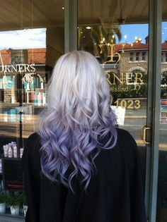 ombré lighter violet pastel on ends
