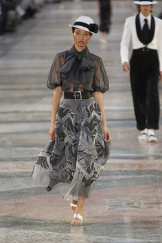 Another ensemble from Chanel Resort 2017 collection. Love the prints and the sway of the floaty skirt