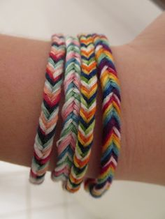 Fishtail friendship bracelets... My lil girl would love to make these!
