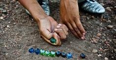 VISÃO NEWS GOSPEL: Fábricas de bolinha de gude e pião sobrevivem e fa...