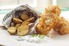 Fish&Chips Fish And Chips, Cherry, Potatoes, Snacks, Meals, Kitchens, Appetizers, Meal, Potato