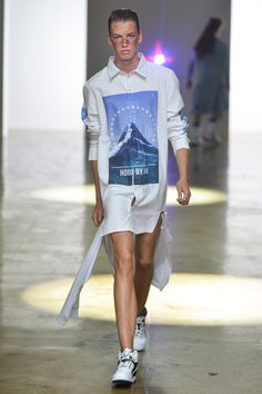 See all the Collection photos from Hood By Air Spring/Summer 2014 Ready-To-Wear now on British Vogue Fashion Art, Fashion Show, Fashion Design, All White Shoes, Normcore Fashion, Hood By Air, Dressed To The Nines, Mens Fashion Week, Stylish Men