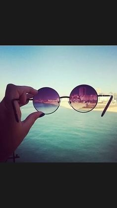 * Cat Eye Sunglasses, Mirrored Sunglasses, Round Sunglasses, Photos Tumblr, Summertime, Hipster, Fashion, Eyeglasses, Moda
