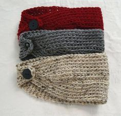 Crocheted head warmers: no pattern. I used up some leftover varigated yarn that I had used to make my Mom-in-law a cowl (many moons ago) and it whipped up in less than an hour! Yarn Projects, Knitting Projects, Crochet Projects, Sewing Projects, Crochet Crafts, Yarn Crafts, Knit Crochet, Crochet Flower, Crochet Stitches