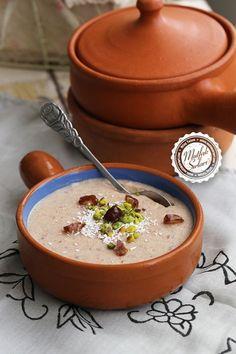 Hurmalı Muhallebi – Mutfak Sırları – Pratik Yemek Tarifleri – Sulu yemek – Las recetas más prácticas y fáciles Turkish Recipes, Catering, Deserts, Pudding, Food, Google, Dishes, Recipes, Chef Recipes