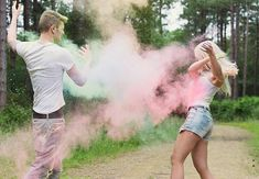 Colourful powder paint engagement shoot (c) Folega Photography via Brides Up North at  http://bridesupnorth.com/2014/07/09/rainbow-brite-a-colourful-engagement-in-derbyshire-charlotte-danny/