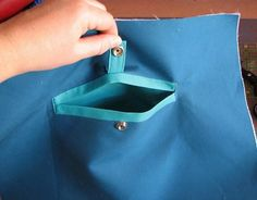 I thought I'd start off the new year with a nifty little sewing tutorial. If you're a non-sewer, quit here or you'll almost certainly be b...