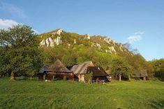 Slovenská krajina - Hledat Googlem Cabin, House Styles, Home Decor, Decoration Home, Room Decor, Cabins, Cottage, Interior Design, Home Interiors