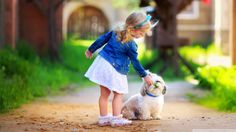 Cute girl and dog wallpaper Baby Puppies, Cute Puppies, Cute Dogs, Cute Babies, Girl Friendship, Happy Friendship Day, Yorkshire Terriers, Cute Little Girls, Little Dogs