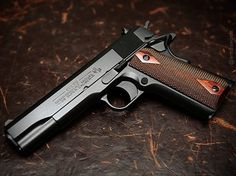 Manufacturer: Colt Mod. 1911 Government Type - Tipo: Pistol Caliber - Calibre: 38 Super Capacity - Capacidade: 9 Rounds Barrel length - Comp.Cano: 5 Weight - Peso: 1077...