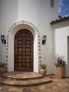 Tuscan design – Mediterranean Home Decor Hacienda Style Homes, Mediterranean Style Homes, Spanish Style Homes, Spanish House, Mediterranean Architecture, Spanish Colonial, Spanish Revival, Spanish Style Decor, Spanish Garden
