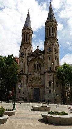 Plaza Güemes. Basilica del Espiritu Santo. Buenos Aires
