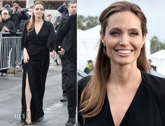 Angelina Jolie did not invite her father to her wedding - http://www.celebritycart.com/angelina-jolie-invite-father-wedding/