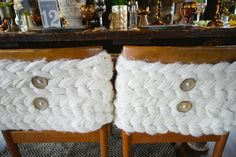 Cute decor idea for Fall.  Use Chunky knits to make your stools more cozy!