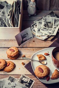 peanut butter & almond cookies
