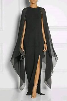 Not something I would probably ever wear but so simply elegant.