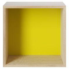 Etagère Stacked / Medium carré 43x43 cm / Avec fond coloré Frêne / Fond jaune - Muuto - Décoration et mobilier design avec Made in Design
