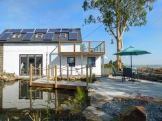 With its solar panels and water gardens Colhay Studio (Ref. 928808) is one of our more quirky properties!