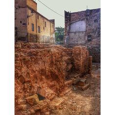 by @montblancmedieval #montblancmedieval #Tarragona #Montblanc #Catalunya #Cataluña #Catalonia #Catalogne #turisme #tourisme #turismo #tourism #trip #travel #viatjar #viatge #viajar #viaje #urban #urbano #urbà #arquitectura #architecture #street_photography #citycenter #RTW #TravelAddict #vacances #vacaciones #holidays #slowlife #call #Judería #Juiverie #Jewishquarter #historia #histoire  #history #jewish