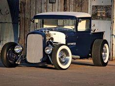 "morbidrodz: "" More vintage cars, hot rods, and kustoms "" Hot Rod Trucks, Cool Trucks, Cool Cars, Pickup Trucks, Chevy Trucks, Semi Trucks, Big Trucks, Dually Trucks, Ford Classic Cars"