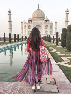 Travel Photography Discover Fusion Style : Multicolor Kurti & Jeans What All You Love Best Photo Poses, Girl Photo Poses, Girl Poses, Stylish Girl Images, Stylish Girl Pic, Cute Girl Pic, Cute Girls, Dps For Girls, Photography Poses Women