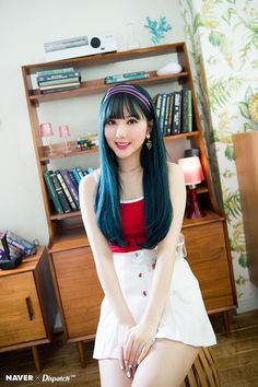 Idols Who Absolutely Crushed The Blue Hair Look South Korean Girls, Korean Girl Groups, Bright Blue Hair, G Friend, Entertainment, Beautiful Asian Girls, Japanese Girl, Kpop Girls, Asian Woman