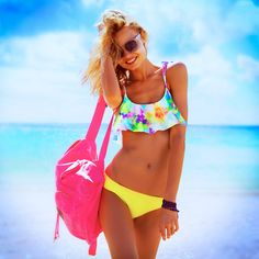 Love this look from #VSPINK's Spring Break must-haves! #BrightYoungThings