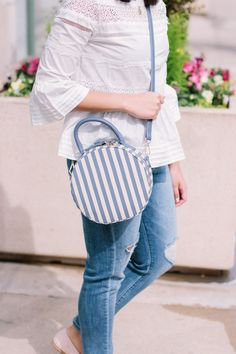 How to Ease Into a Social Media Break // Peplum Lace Top // Round Crossbody Bag