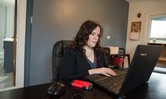 Taryn Wright searches for online hoaxes in her home office in Homewood, Illinois.