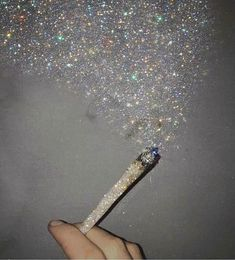 Monday morning glitter inspiration Tag a friend who would like this! Monday morning glitter inspiration Tag a friend who would like this! Lila Baby, Glitter Photography, Photography Reflector, Photography Lighting, Stoner Girl, Bling, Jolie Photo, Aesthetic Pictures, Vaporwave