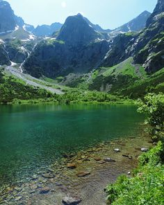 Photo Essay: 10 Breathtaking Alpine Lakes In The High Tatras, Slovakia Places To Travel, Places To See, High Tatras, Tatra Mountains, Road Trip Europe, Alpine Lake, Countries Of The World, Beautiful Landscapes, Cool Pictures