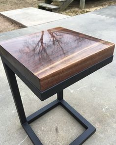 Awesome new side table ready for sale!! Selling it for $360+ $65 shipping. Let me know if you're interested! Stay Unique#etsyseller #etsyshop #etsy #homedecor #homemade #home#furniture #desk #office #decor #design #designs #designer #designers #interior #interiordesign #interiordesigner #modern#rustic#craft#crafts#art#artwork #artist #wood #woodworking#nyc #photo #sale#holidays