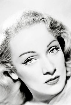 """"""" I'm not an actress — I'm a personality."""" . #Marlene Dietrich"""