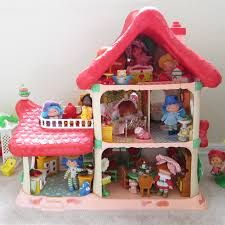 STRAWBERRY SHORTCAKE BERRY HAPPY HOME, ALWAYS WANTED THIS!