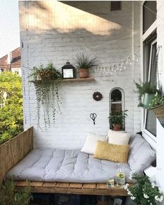 Apartment Balcony Decorating, Apartment Balconies, Cozy Apartment, Apartment Living, Apartment Plants, Apartment Therapy, Diy Bank, Porch Swing, Porch Nook