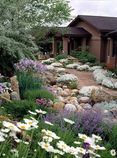 Colorado Landscaping, Landscaping On A Hill, Landscaping With Rocks, Backyard Landscaping, Landscaping Ideas, Front Entry Landscaping, Backyard Ideas, Tiny Garden Ideas, Front Yard Garden Design