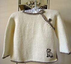 This quick to knit, very easy to follow, simple pattern would be suitable for someone just beginning to knit.