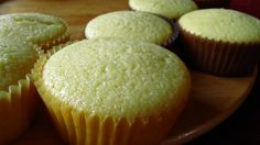citronové muffiny - My site Cap Cake, Oreo Cupcakes, Muffin Recipes, Sweet Recipes, Cooker, Dessert Recipes, Food And Drink, Cooking Recipes, Baking