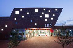 Foto: Kazakov  EK3, shopping below the three oaks, Kamp-Lintfort, bob-architektur