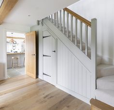 Border Oak entrance hall in Pearmain Cottage Cottage Staircase, Cottage Hallway, Brick Cottage, Farm Cottage, House Stairs, Country Cottage Interiors, Cottage Design, Lakeside Cottage, Coastal Cottage