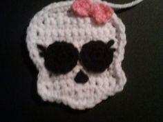 Ravelry: Skull Pattern (Monster High Inspired) pattern by Natasha Barill - Homemade Treasures
