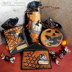 Ciao a tutti ! Siamo a metà ottobre e Halloween è davvero alle porte ma anche Natale si sta avvicinando velocemente e noi di  SIMON SAYS ...